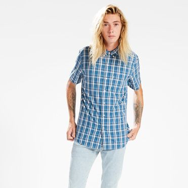 Classic One Pocket Shirt at Levi's in Daytona Beach, FL | Tuggl