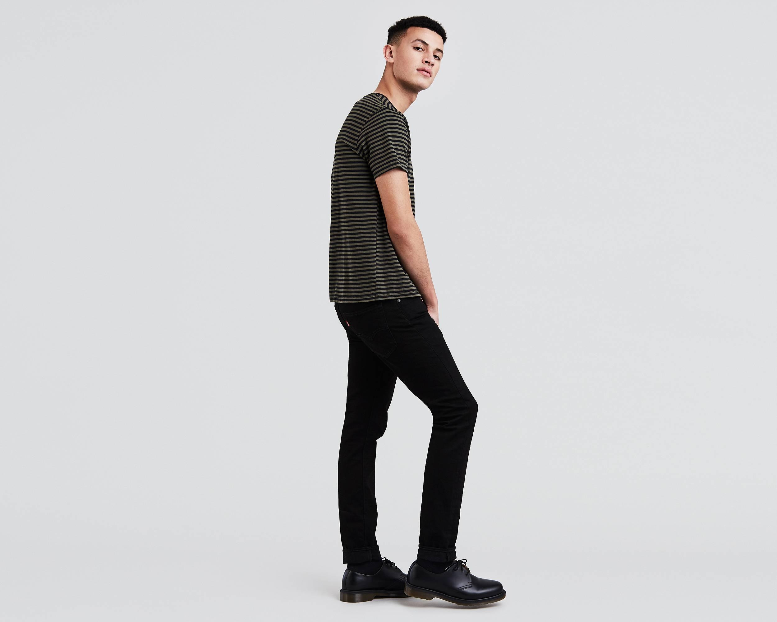 http://lsco1.scene7.com/is/image/lsco/Levi/clothing/342680000-side-pdp.jpg?$2500x2000$